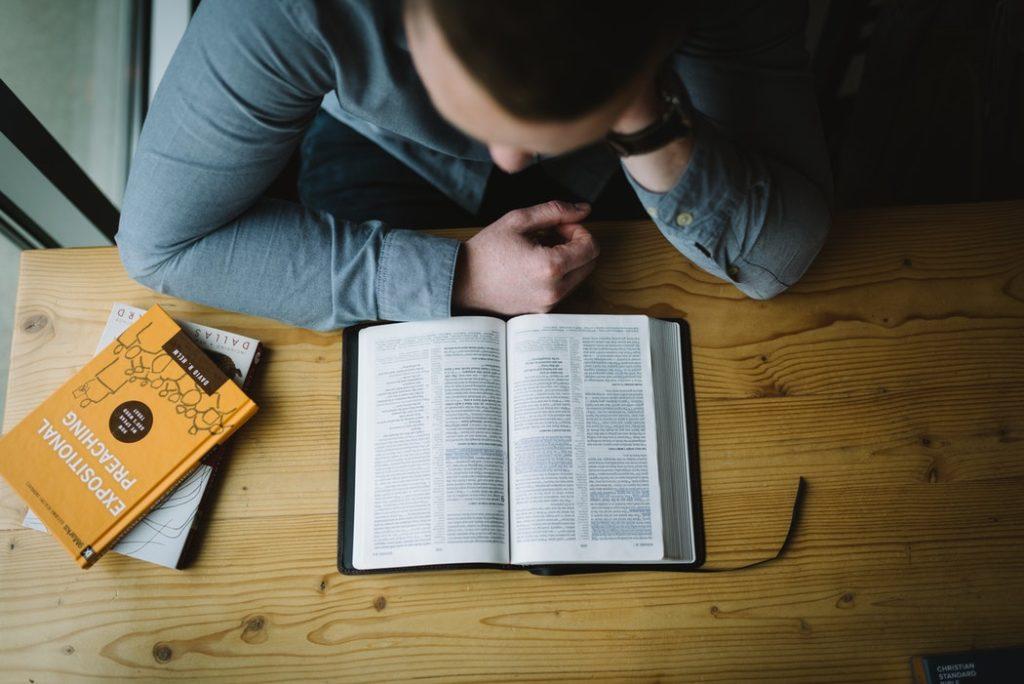 SAT영어준비는 꾸준한 고전·시사 읽기가 최고