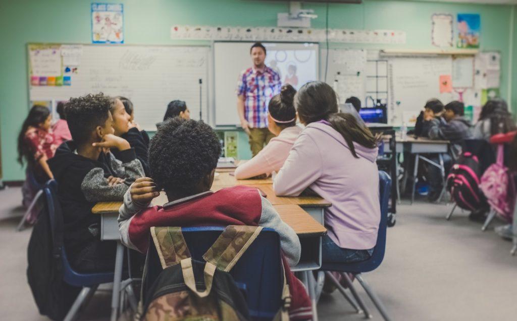 '학년별 수강할 과목과 갯수' 전략을 세워라